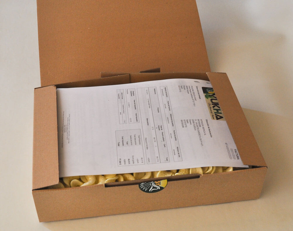6- The first thing you will find when opening the box is your purchase invoice: